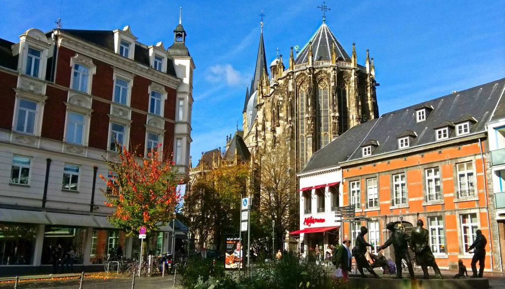 Aachen Akwizgran atrakcje zwiedzanie zwiedzać katedra karola wielkiego