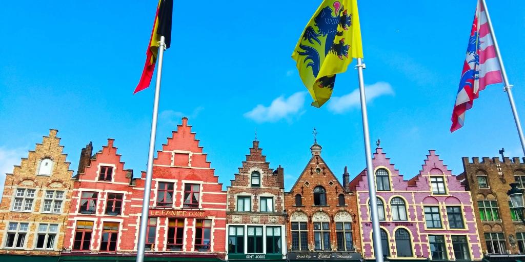 Fuckin' Bruges | Brugia w 24 godziny | Zwiedzanie, gofry i inne przyjemności