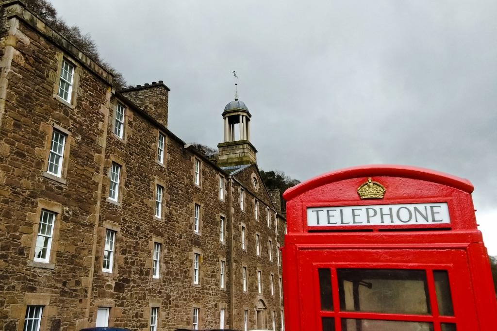 Szkocja | Wioska tkaczy New Lanark i wodospady na rzece Clyde