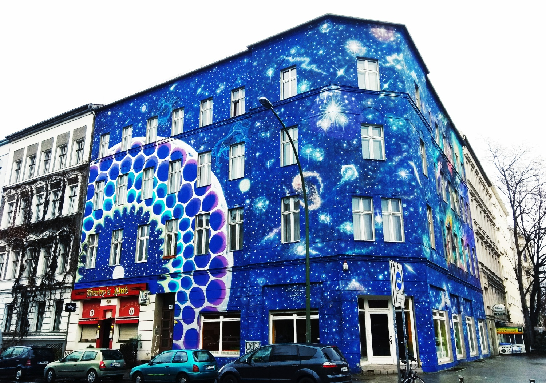 Street art w Berlinie. Murale w Berlinie. Graffiti