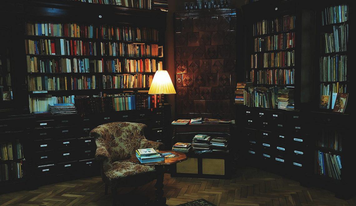 Antykwariat Abecadło w Krakowie | Księgarnia w zabytkowej aptece