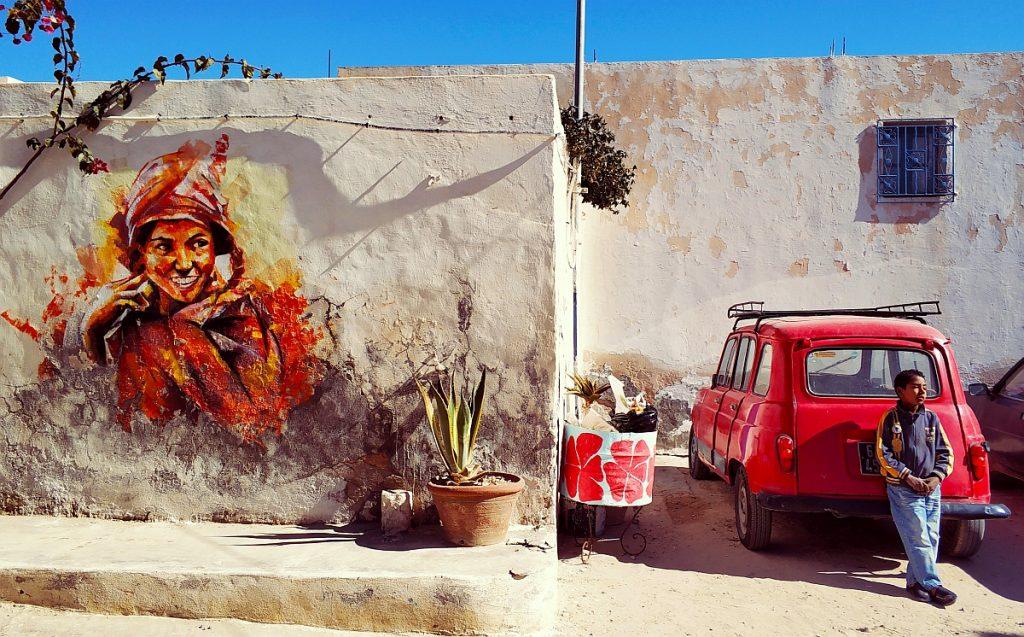 Atrakcje turystyczne Dżerby. Djerba co zwiedzać. Przewodnik po Dżerbie. Co ciekawego zobaczyć na Djarbie. Tunezja Djerbahood street art