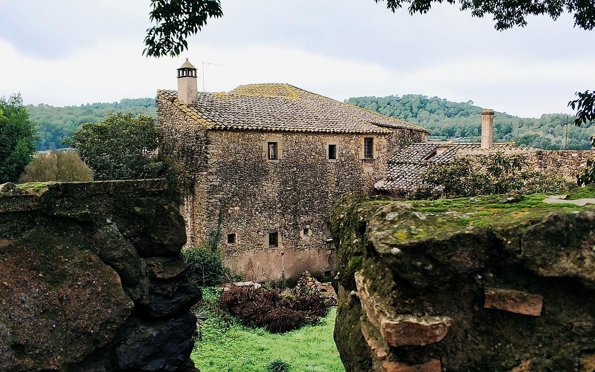 Trójkąt Dalego. Zamek Gali Dali w Pubol. Zwiedzanie Katalonii śladem Salvadora Dali. Zamek Salvadora Dali