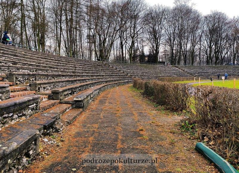 nieznane atrakcje Krakowa - stadion Korona na podgórskich Krzemionkach