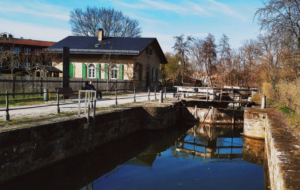 Śluza w Bambergu. Kanał Ludwiga. Regnitz