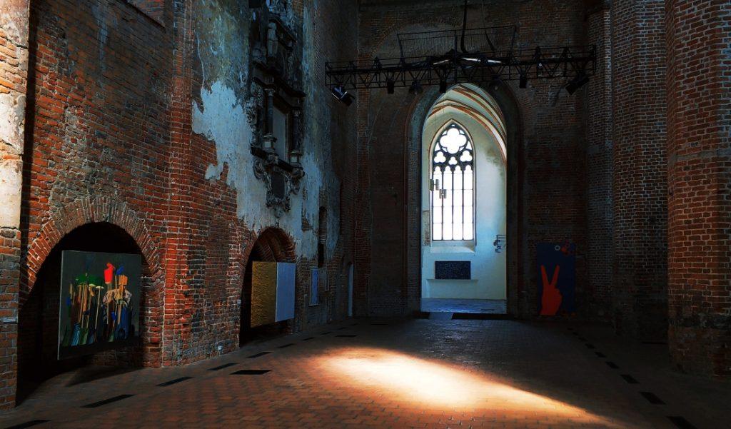 Elbląg Galera EL. Galeria sztuki w kościele. Gotyk pomorski
