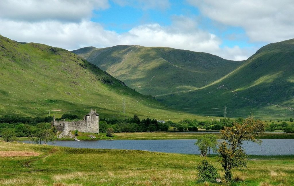 Highlands Kilchurn Castle