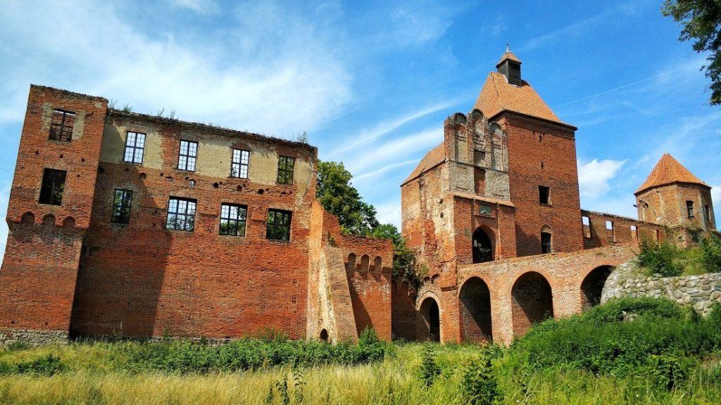 Pojezierze Iławskie. Zamek Szymbark