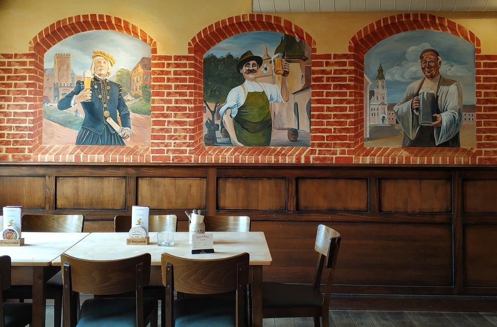 Chociebuż. Wnętrze restauracji Brau & Bistro Cottbus
