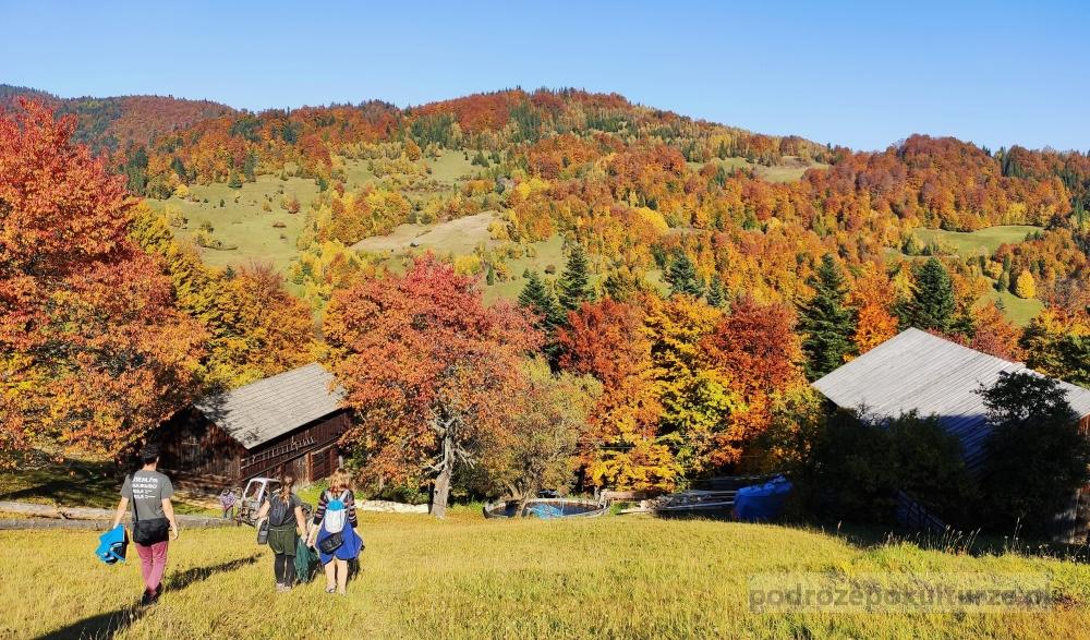 Gorce jesienią, Ochotnica Górna