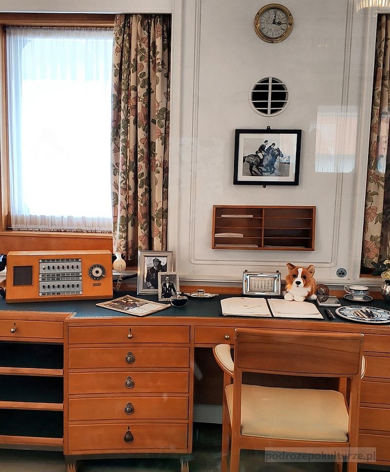 HMY Britannia. Co zobaczyć w Edynburgu. Królewski jacht. Gabinet królowej
