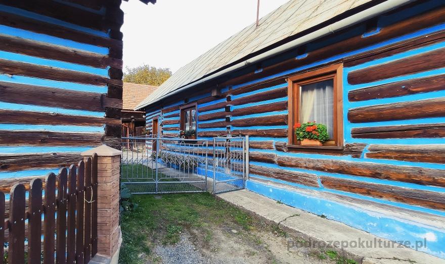 Tylmanowa osiedle Klępy niebieskie domy