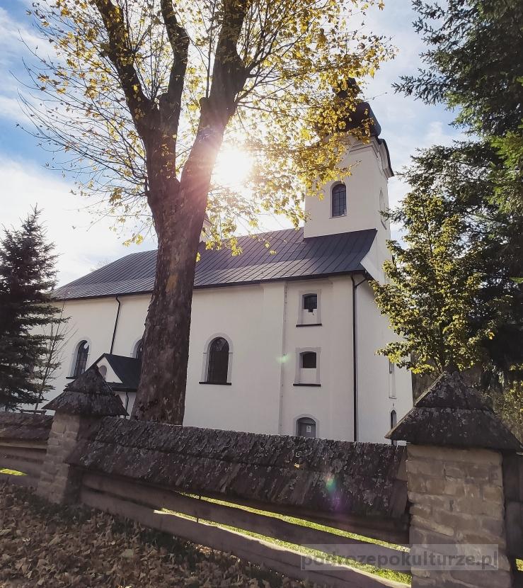 Kościół w Jaworkach. Pieniny atrakcje