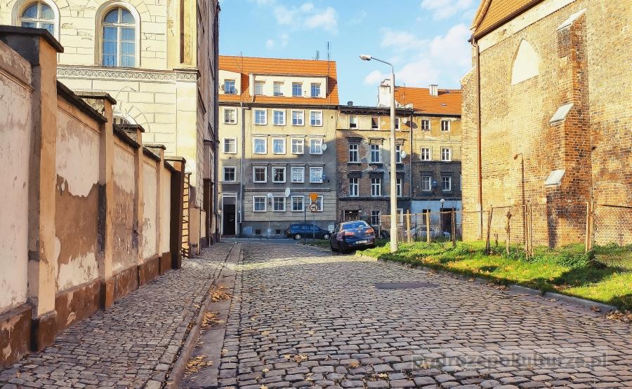Plac koszarowy w Brzegu