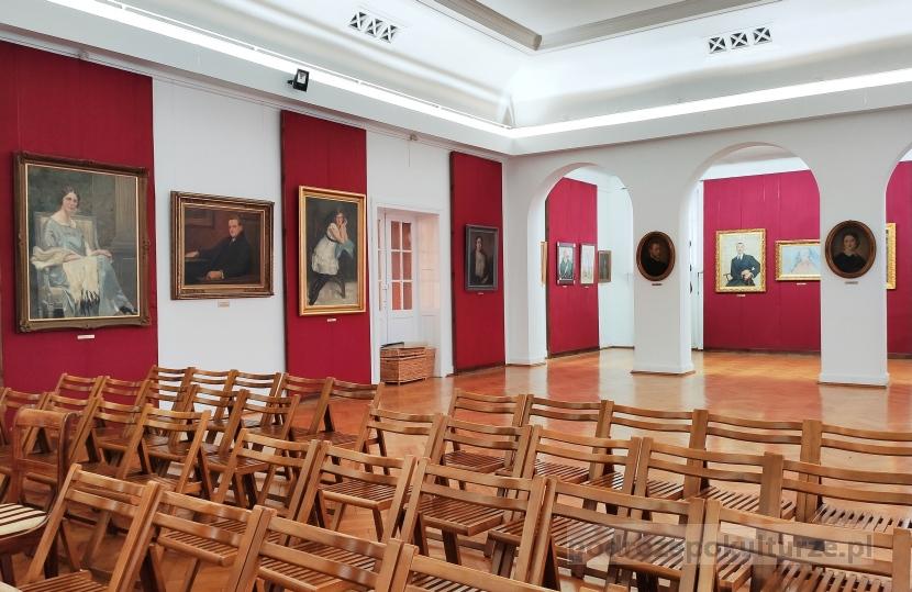Muzeum Ziemi Kujawskiej i Dobrzyńskiej we Włocławku gmach główny