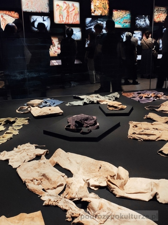 wystawa w muzeum pokoju. Hiroshima Peace Memorial Museum