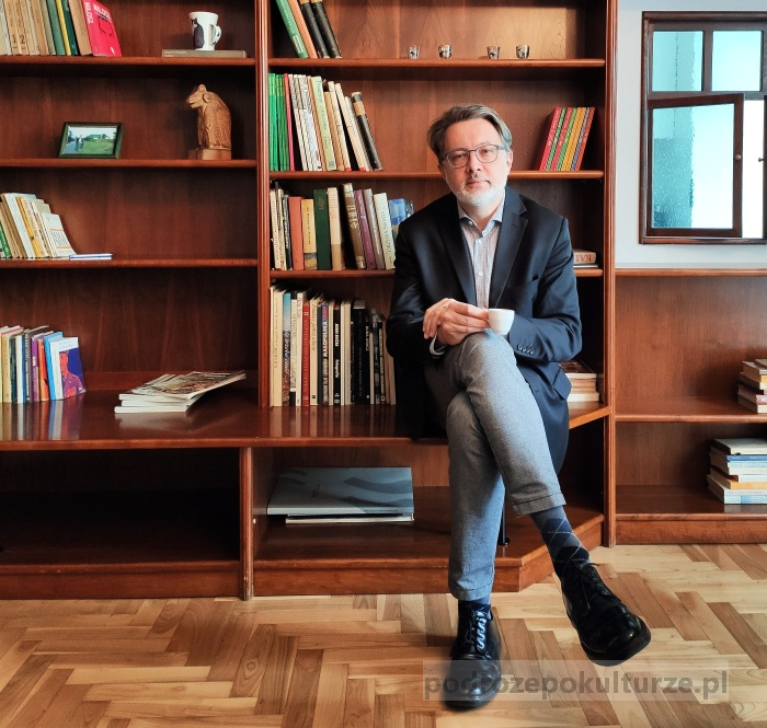 Michał Rusinek w mieszkaniu Wisławy Szymborskiej