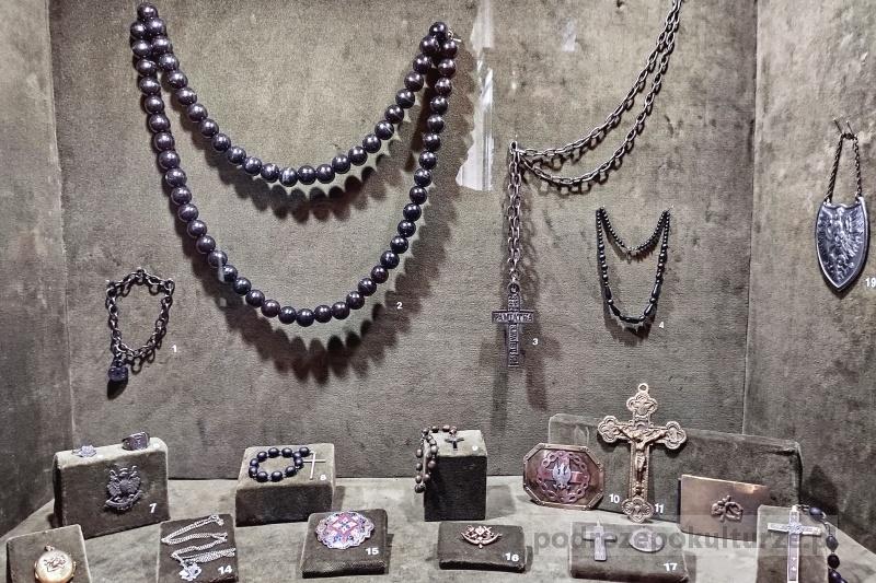 Muzeum Ziemi Miechowskiej żałobna biżuteria z powstania styczniowego