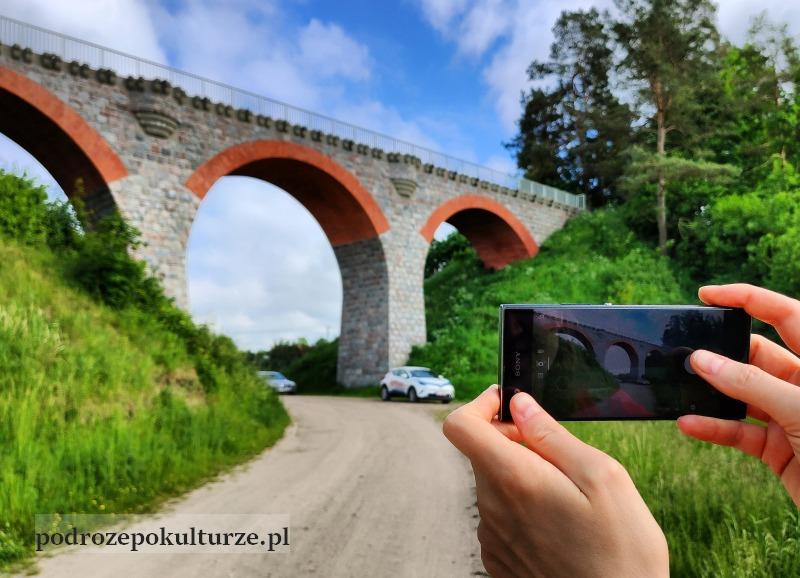 wiadukt kolejowy w Glaznotach