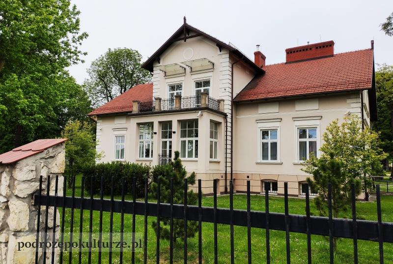 trasa turystyczno-kulturowa Bronowice Małe – Mydlniki. Dwór Schönów