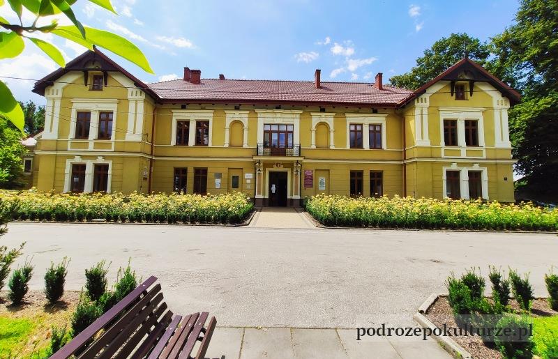 Czernichów Szkoła Rolnicza dwór w Czernichowie