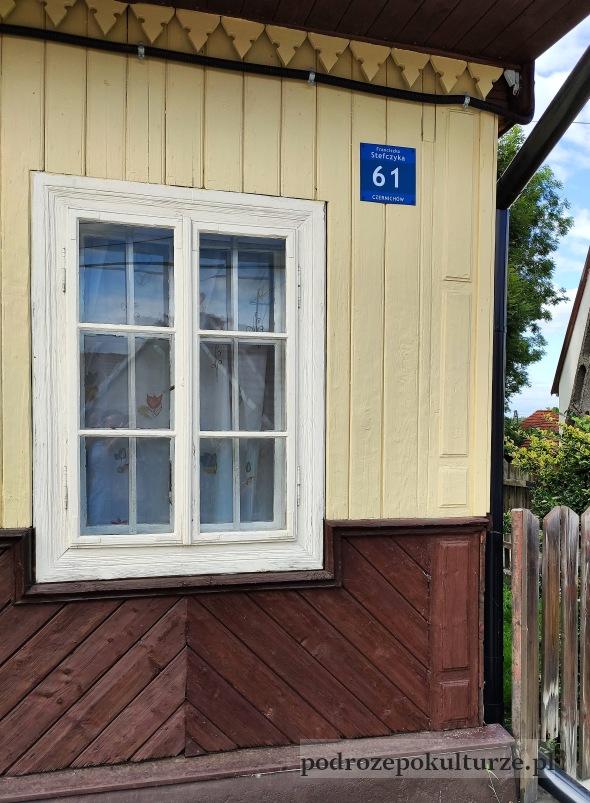 zabytkowy drewniany dom okolic Krakowa