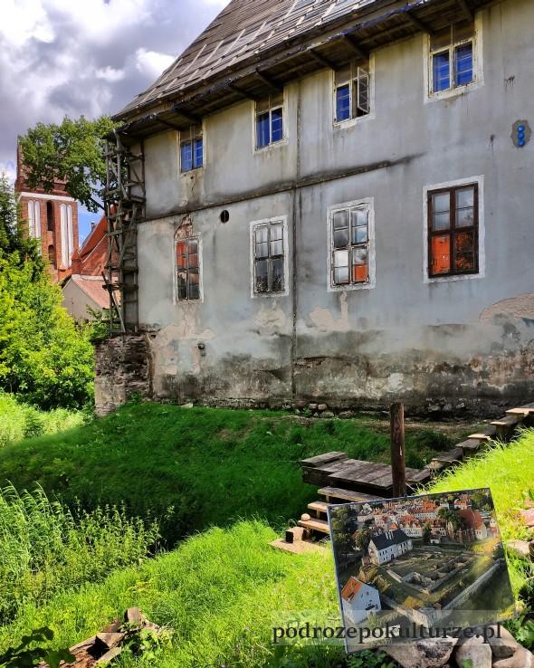 Zamek w Morągu z zewnątrz