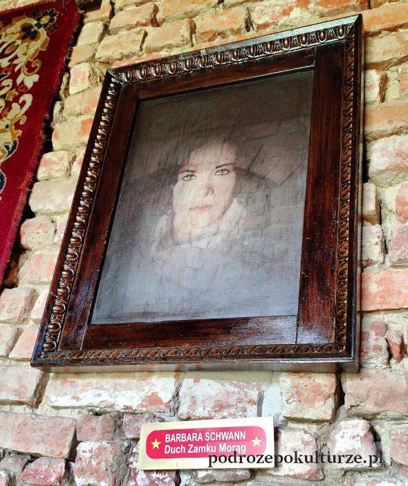 Barbara Schwann duch zamku w Morągu