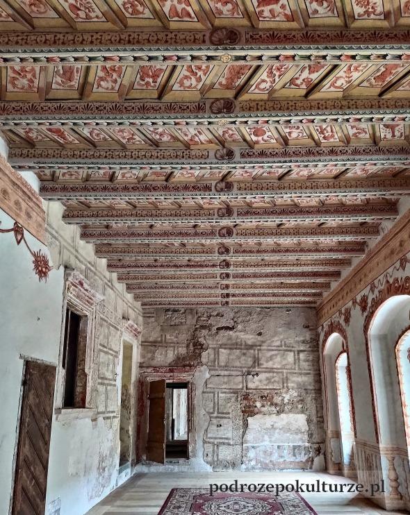 Nieznane atrakcje ziemia kłodzka. Zamek w Gorzanowie. Pałac w Gorzanowie wnętrze. Renesansowe stropy polichromie
