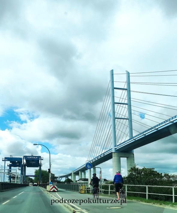 most drogowy Rugia Straslund