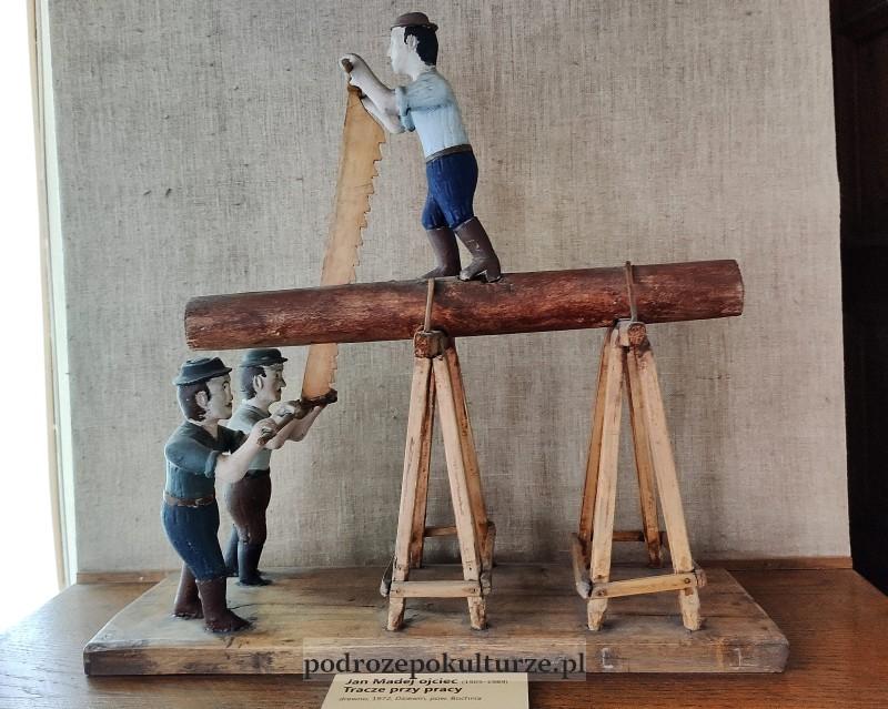 Muzeum Bochnia rzeźba tracze przez pracy Jan Madej ojciec