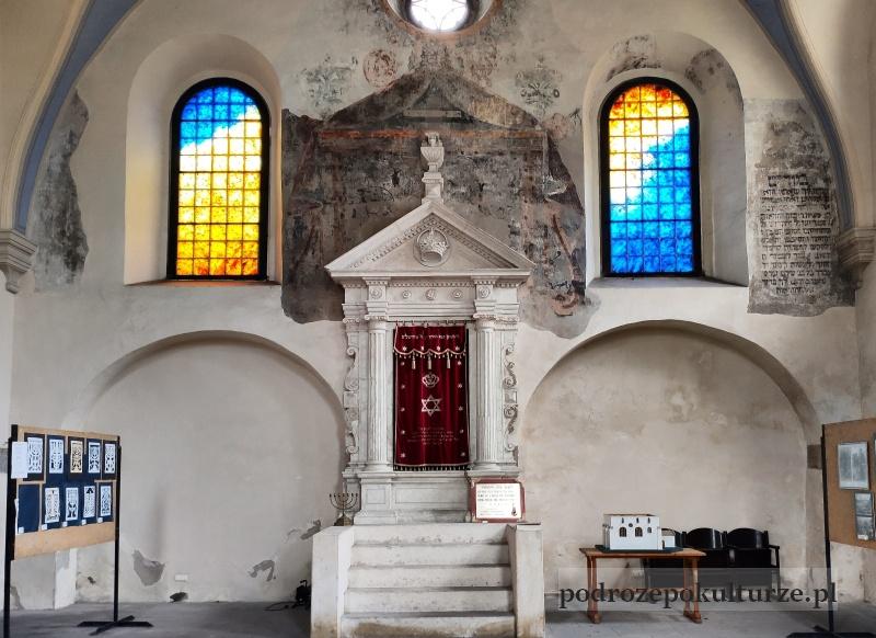 Pińczów stara synagoga aron ha kodesz