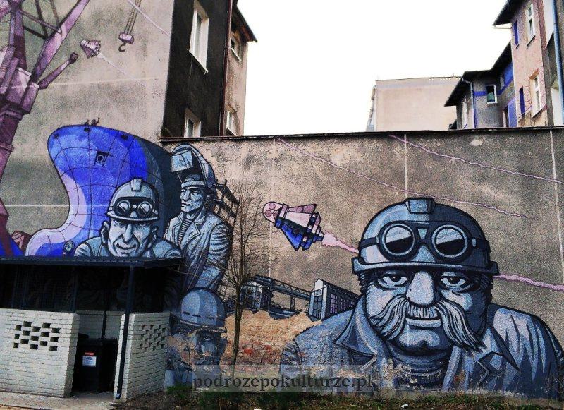 mural Uwaga Inwazja Gdynia