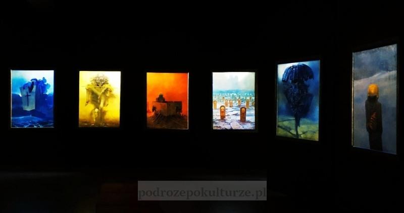 Galeria Zdzisława Beksińskiego w Nowohuckim Centrum Kultury. Nieznane atrakcje Krakowa