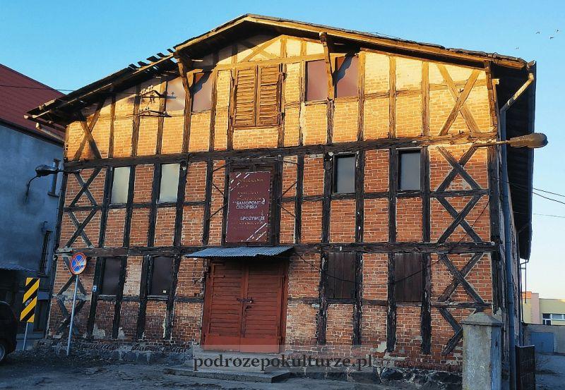 zabytkowy spichlerz z pruskiego muru Nowe Miasto Lubawskie