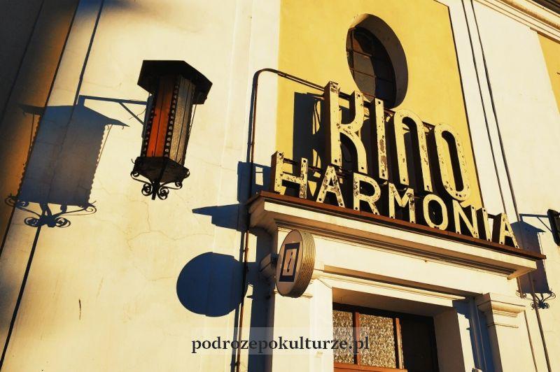Nowe Miasto Lubawskie stary szyld kina Harmonia