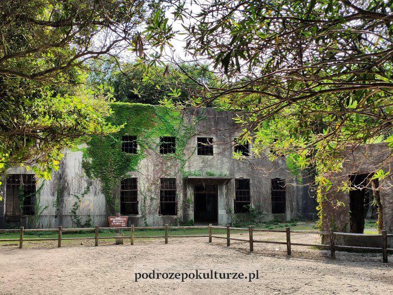 Ruiny fabryki broni chemicznej Okunoshima Japonia
