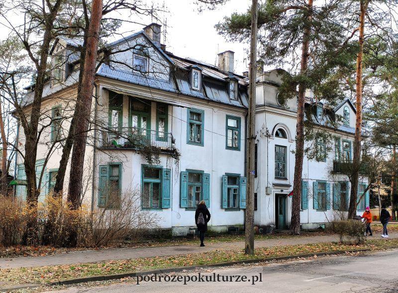 Otwock zabytkowa zabudowa ulicy Kościuszki