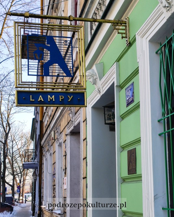 Szyld sklepu Aladyn na krakowskich Dębnikach