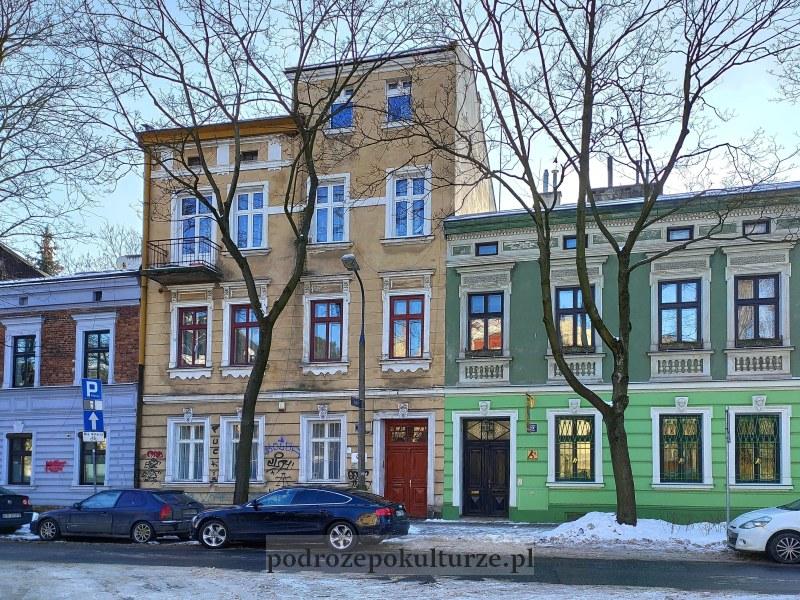 Dębniki w Krakowie. Kamienice na ulicy Barskiej