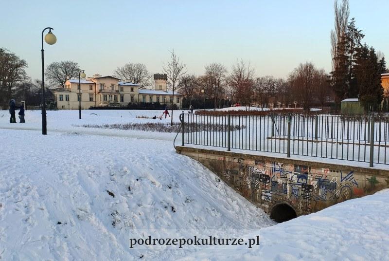 Park Dębnicki Pałac Lasockich w Krakowie
