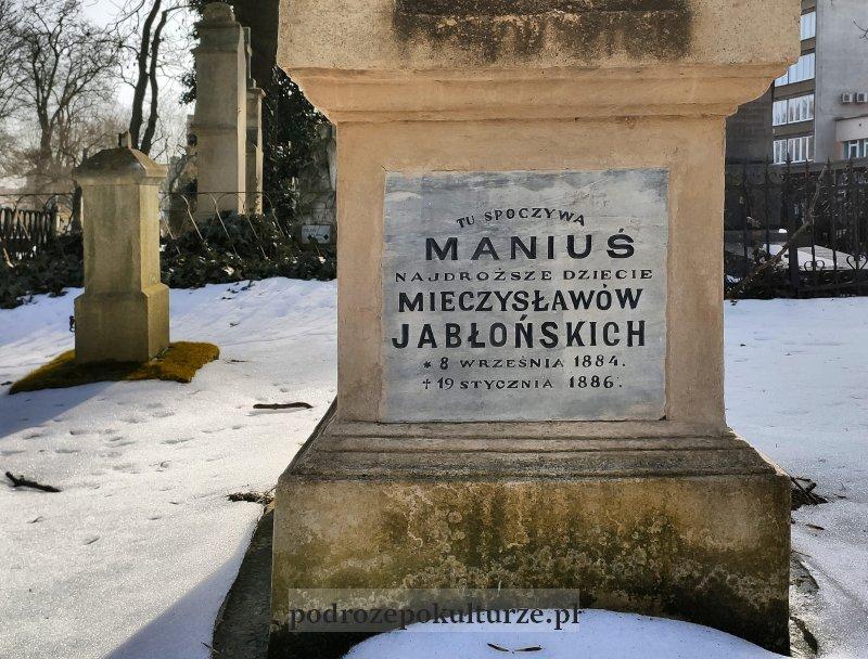 Stary cmentarz Rzeszów zabytki. Grób Maniusia