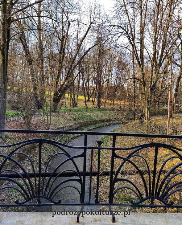 Krzeszówka w Krzeszowicach Park Zdrojowy