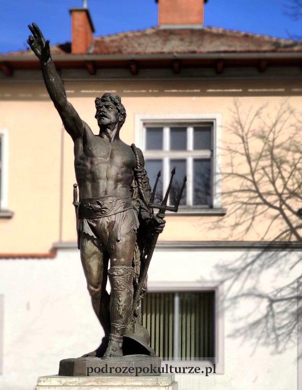 Pomnik Gladiatora Piusa Welońskiego w Krzeszowicach