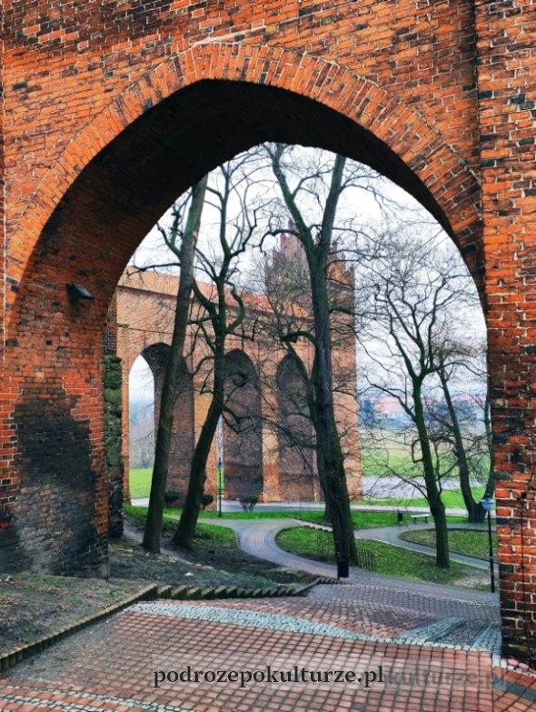 17 zaskakujących i nieznanych miejsc w Polsce gdanisko zamku w Kwidzynie