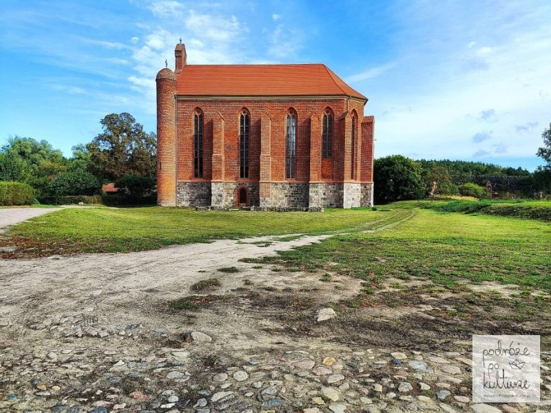 17 zaskakujących i nieznanych miejsc w Polsce - kaplica templariuszy w Chwarszczanach