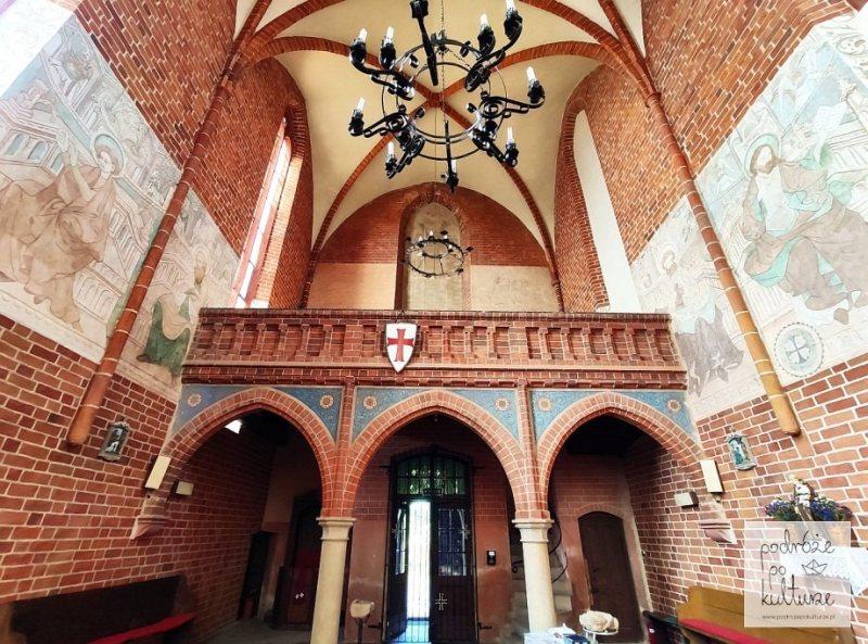 17 zaskakujących i nieznanych miejsc w Polsce - kaplica templariuszy w Chwarszczanach wnętrze