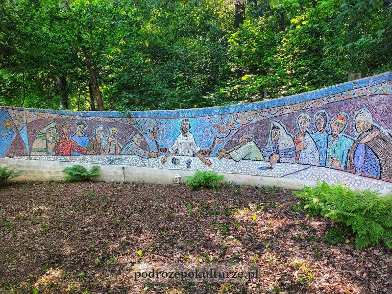 Ekosamotnia w Krakowie - mozaika ostatnia wieczerza Heleny i Romana Husarskich