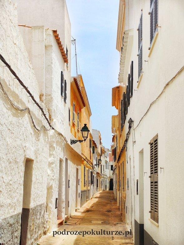 Ciutadella - ulica na starym mieście. Minorka