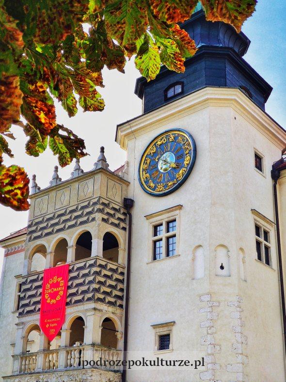 Zamek Pieskowa Skała - wieża zegarowa